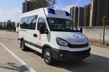 程力威牌CLW5042XJHNJ6型救护车